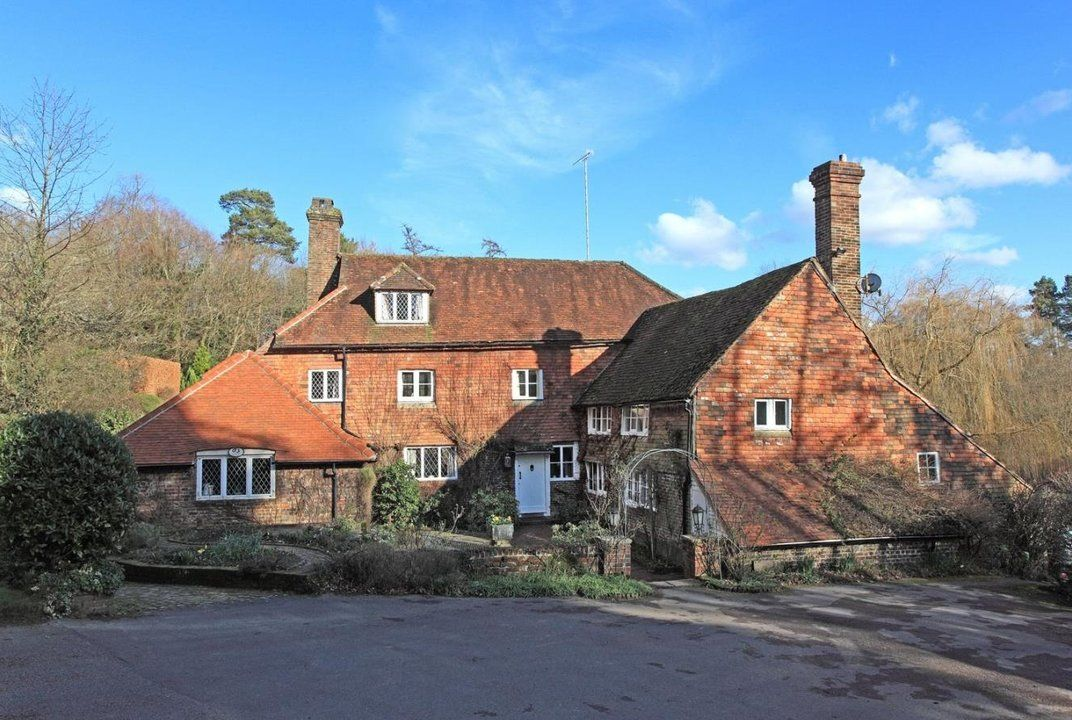 The House Where Winnie The Pooh Was Written Is For Sale Winnie