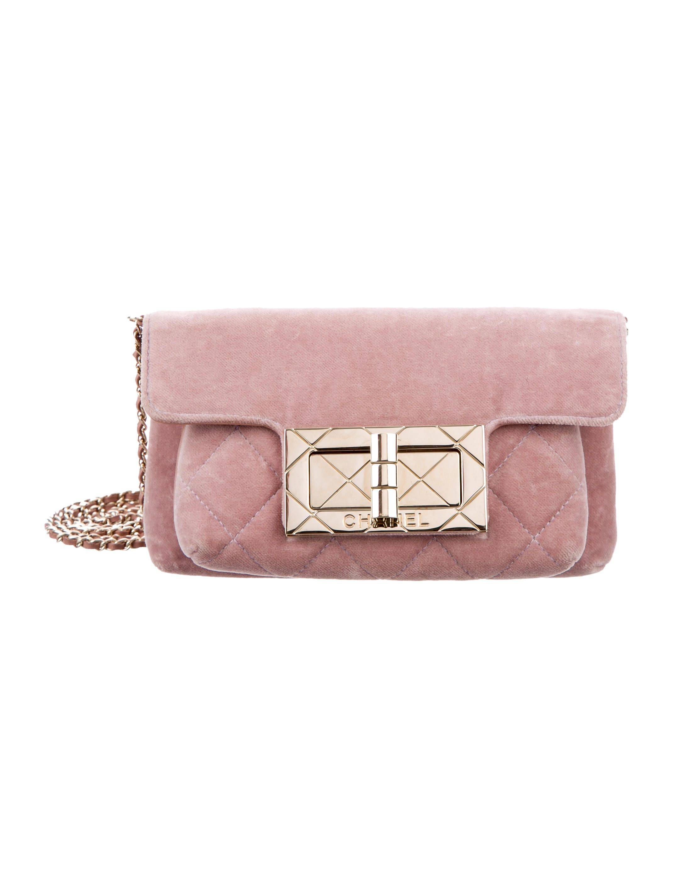 f12a74a49443 Pink velvet Chanel Reissue evening bag with gold-tone hardware, single  chain-link