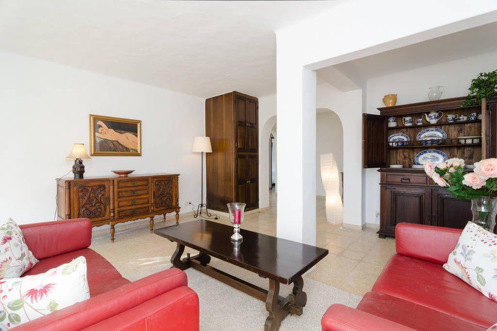 Veja este anúncio incrível na Airbnb: 4 bedrooms Portuguese style villa - Casas para Alugar em Carvoeiro