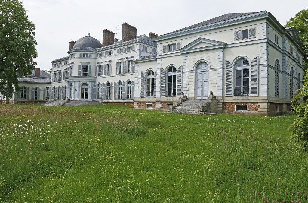 Montfort l'Amaury château de Groussay French