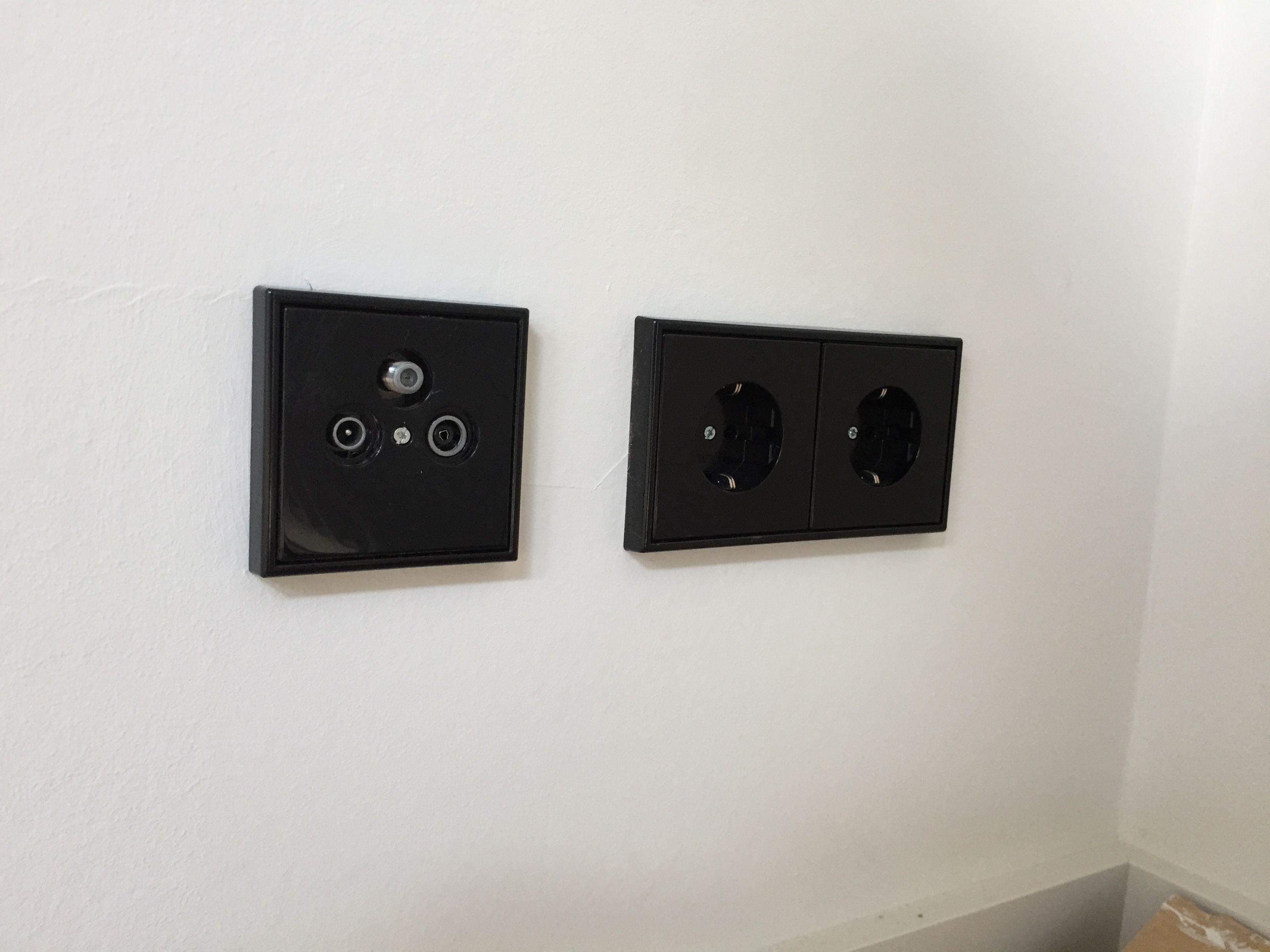 Schalter und Steckdosen von Jung LS990 in schwarz | Schalter und ...