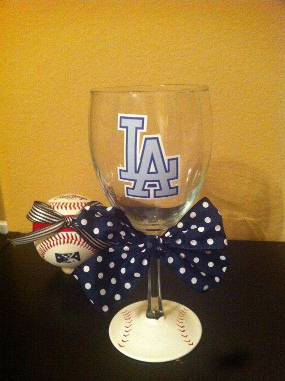 Mama Laughlin: I like wine. and baseball. A Giveaway
