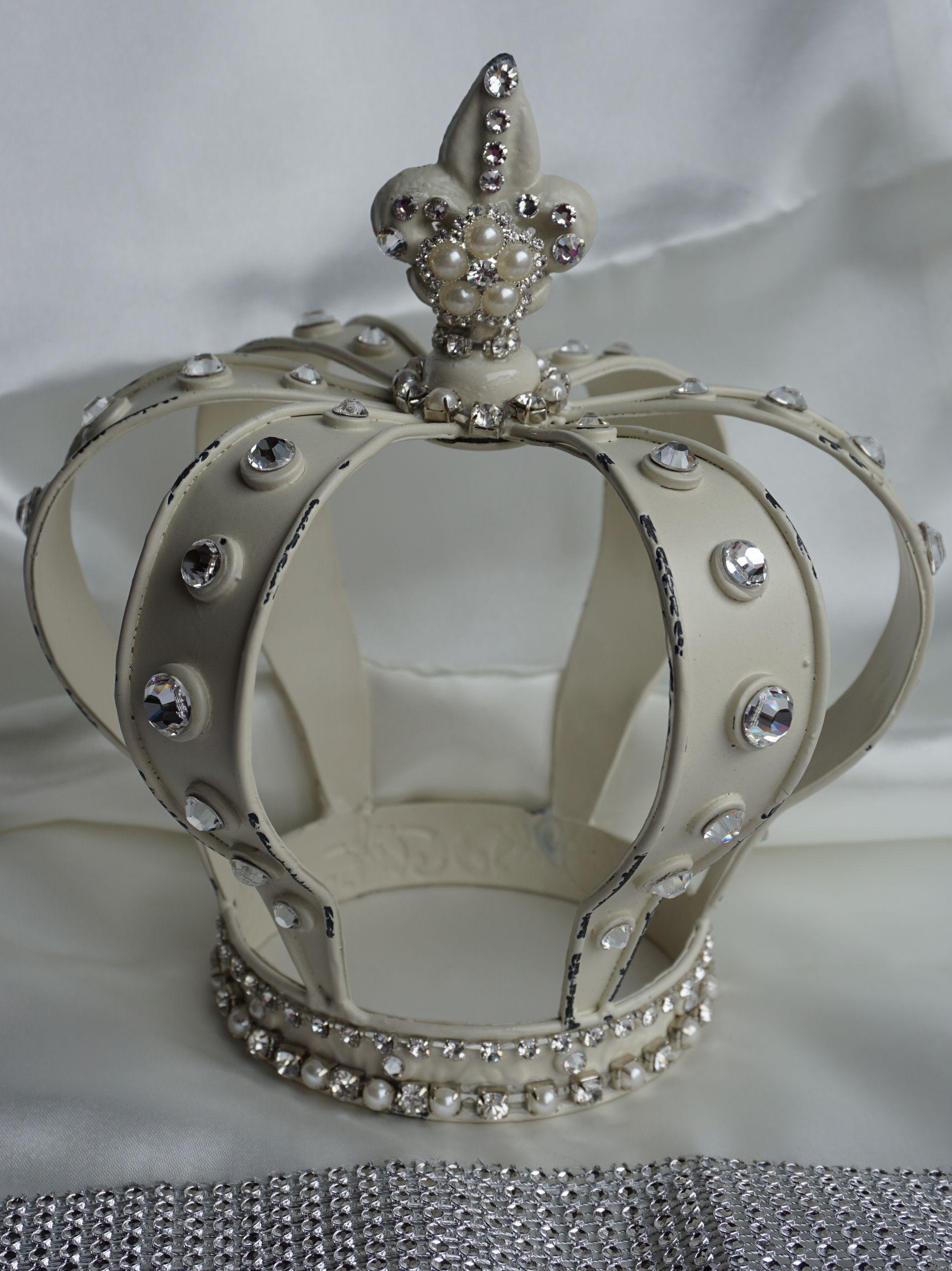 Vintage Glam Crowns On Pinterest Crowns Vintage Dress