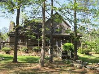 Lighted Path Lake House Beautiful Water Front Home On Sam Rayburn Brookeland Lake House Waterfront Homes Lake House Rentals