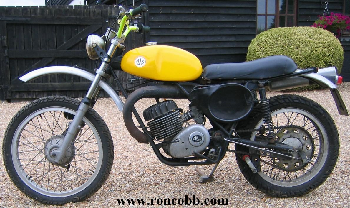 Ajs motorcycles 1972 ajs stormer 410 road registered for Vintage motor cycles for sale