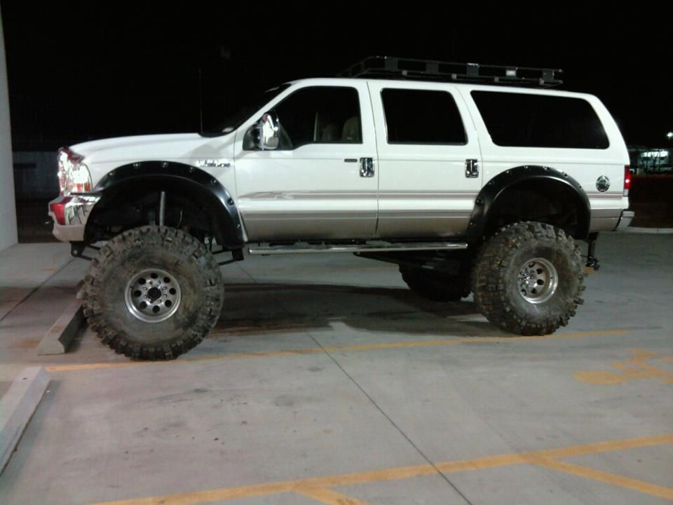 Tractor Fender Flares : Ford excursion on s w modified cut out fender flares