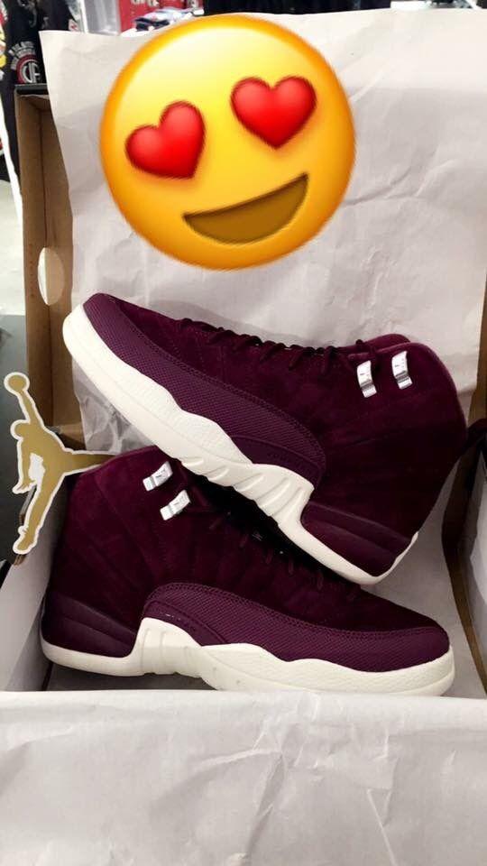 ☹☆ᴘɪɴ ~ ᴀᴅᴀ ʀɪᴏs ☆☹ | Jordan shoes