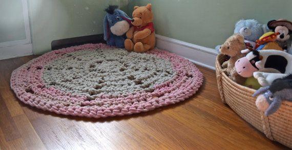 Loopy Mango 100% Merino Wool Crochet Rug  by PineconesAndPurls