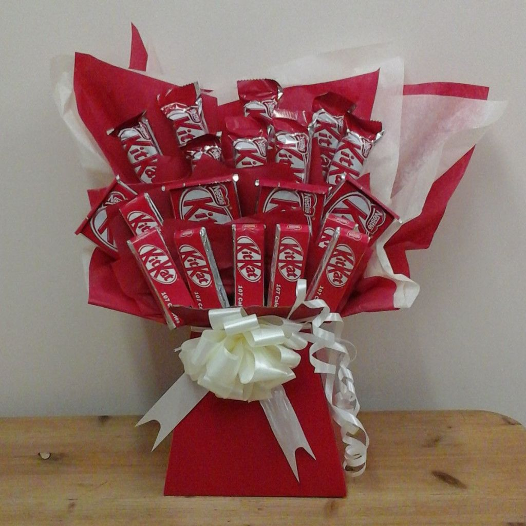 Happy Chocolate Day Sms Wishes Quotes Wallpaper Images 1280 960 Chocolate Images Wallpapers Valentines Candy Bouquet Happy Chocolate Day Candy Bouquet Diy