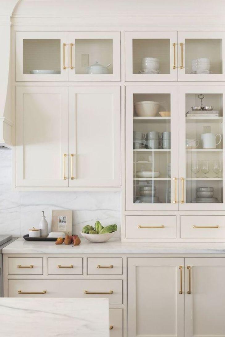Kitchen Cabinets In Creamy White Swiss Coffee Benjamin Moore In 2020 Kitchen Interior Kitchen Kitchen Decor