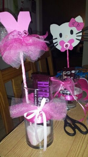 Baby shower girl center pieces