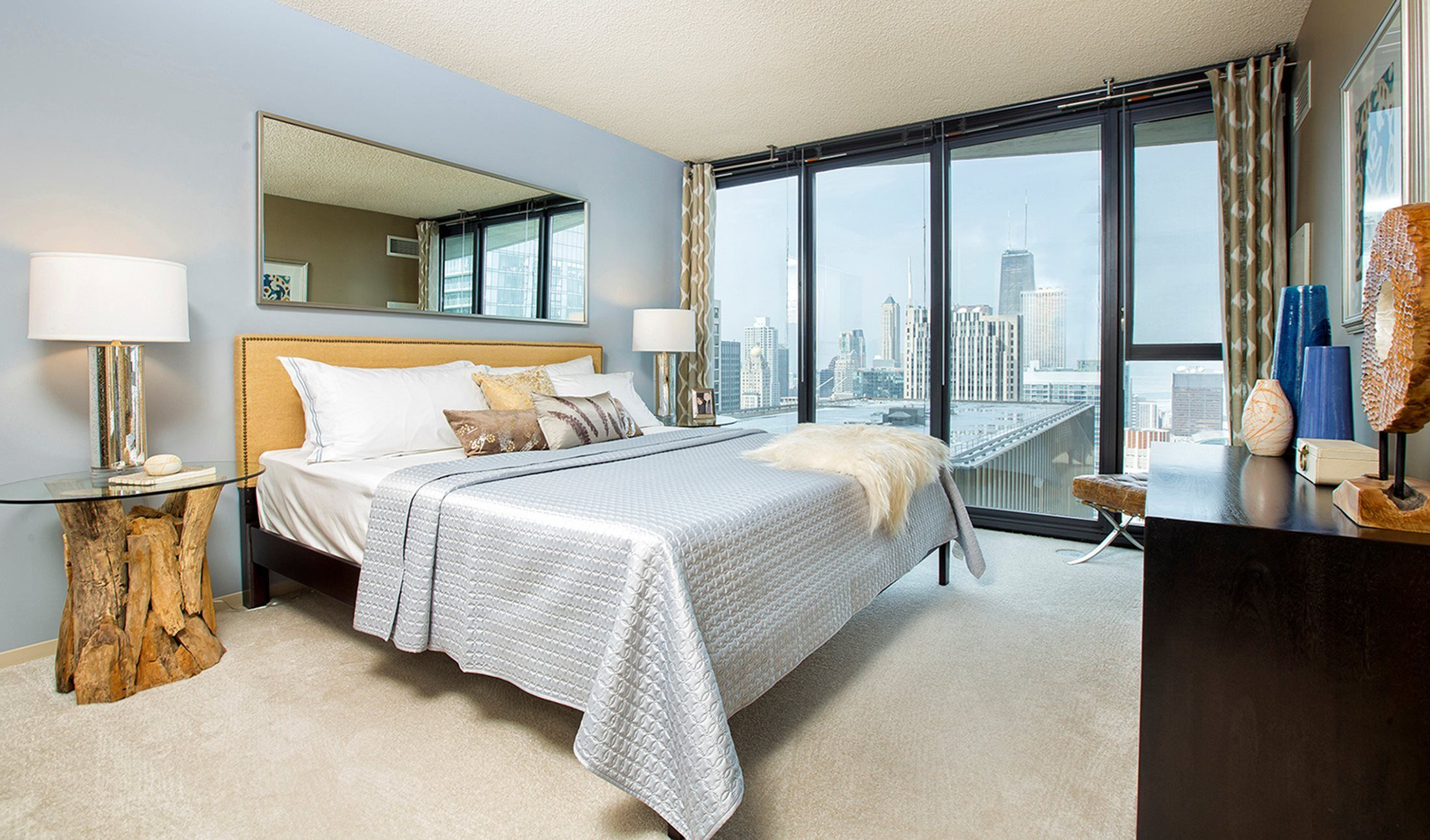 Are you looking for a luxury apartment in the Downtown ...