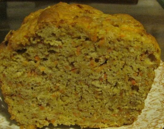 Pan de Zanahoria 1 taza applesauce (aceite, azucar, 1/3 leche soja), platano-huevo
