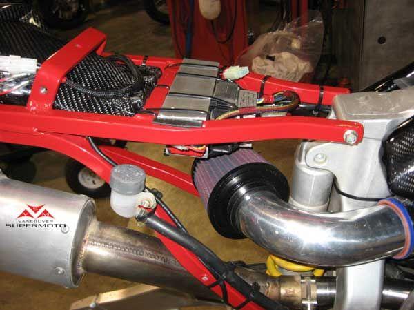 Vancouver Supermoto - 2003 XR 650R Carbon Fibre (с ...