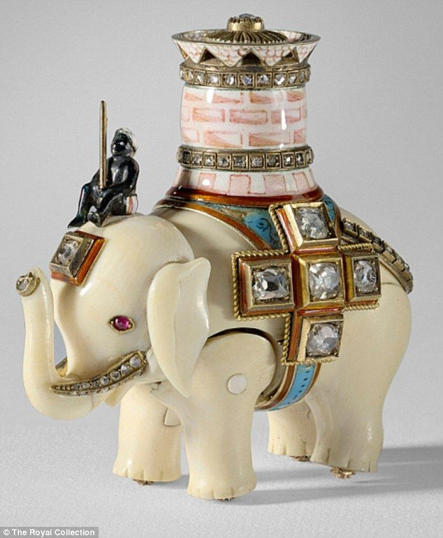 How Faberge Ornament Once Owned By The Tsar Ended In Buckingham Palace Faberge Faberge Eggs Elephant Clock
