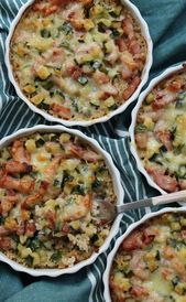 Minigratin aus Quinoa Zucchini Speck Sahne und Comté