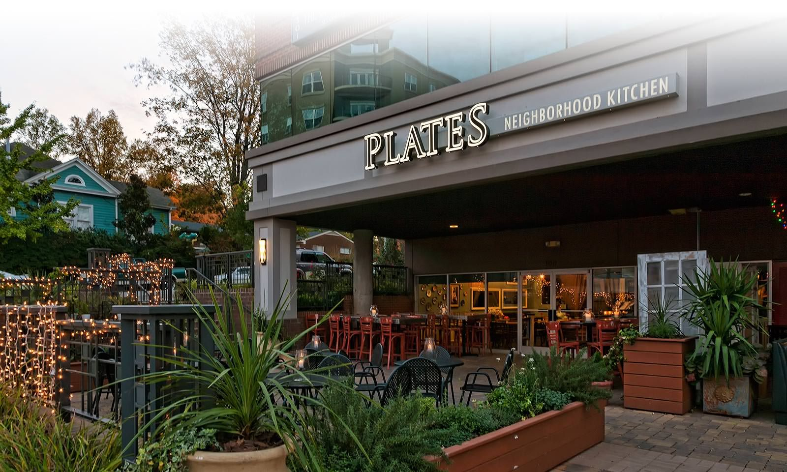 Plates On Glenwood Ave Downtown Is A Pet Friendly Restaurant Raleigh Imaginelifeinside Www