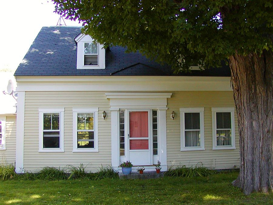 Cape Cod Exterior Ideas Part - 45: Colonial Cream Cape CodYellow And Gold House Paint Colors: Colonial Cream Cape  Cod A Cheerful