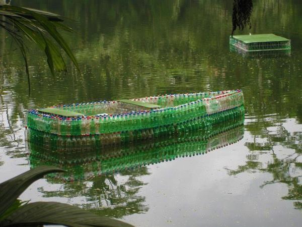 Ako recyklovať plastové fľaše pre vonkajšie domáce zdobenie a záhradných úprav