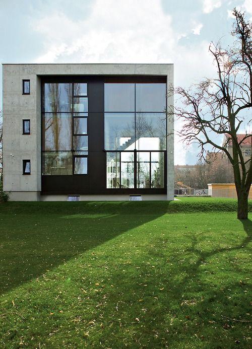 Bauhaus Pankow bonnen architekt pankow house berlin 2007 the house is