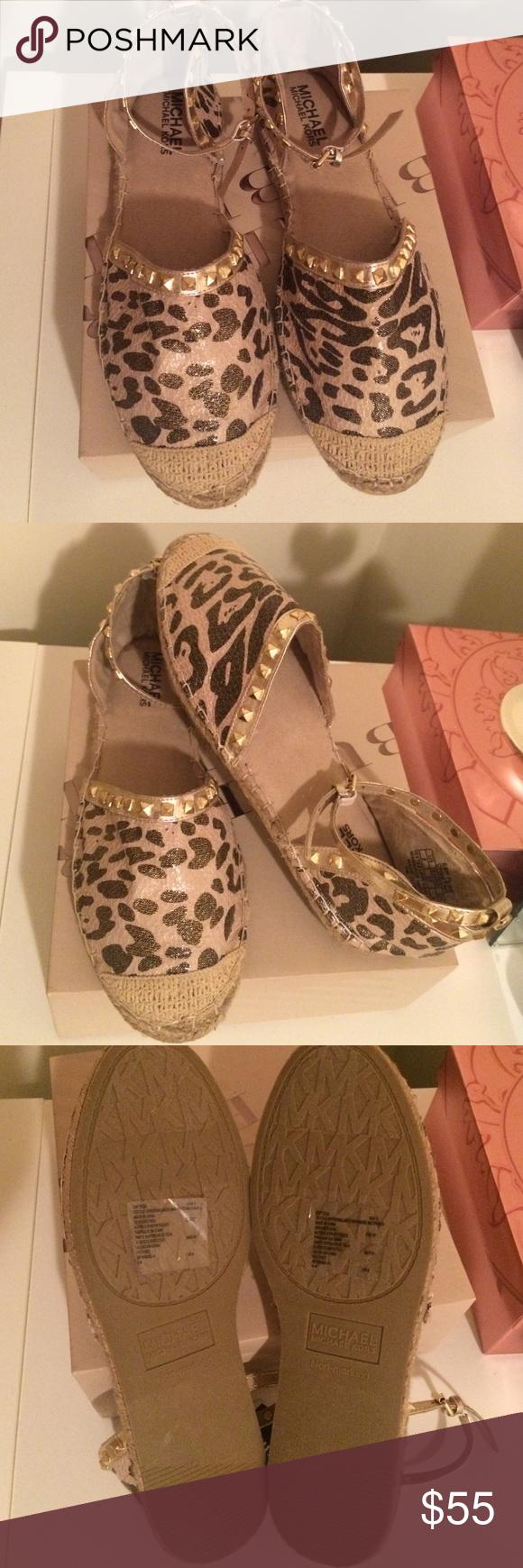 Michael Kors Flats Super Cute - Print MK (Without the box) Michael Kors Shoes Flats & Loafers