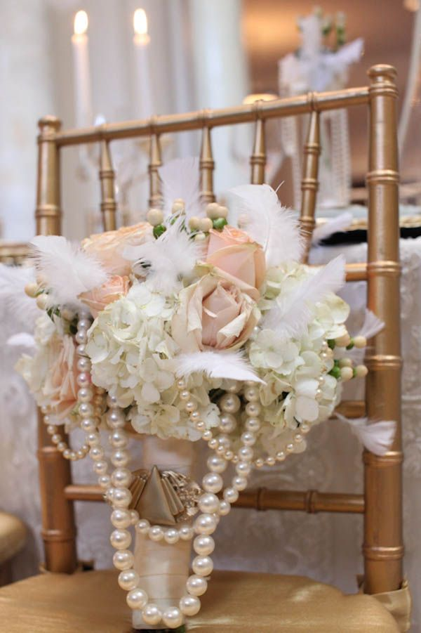 Styled Shoot] 1920\'s Old Hollywood Wedding Ideas | Bouquets ...