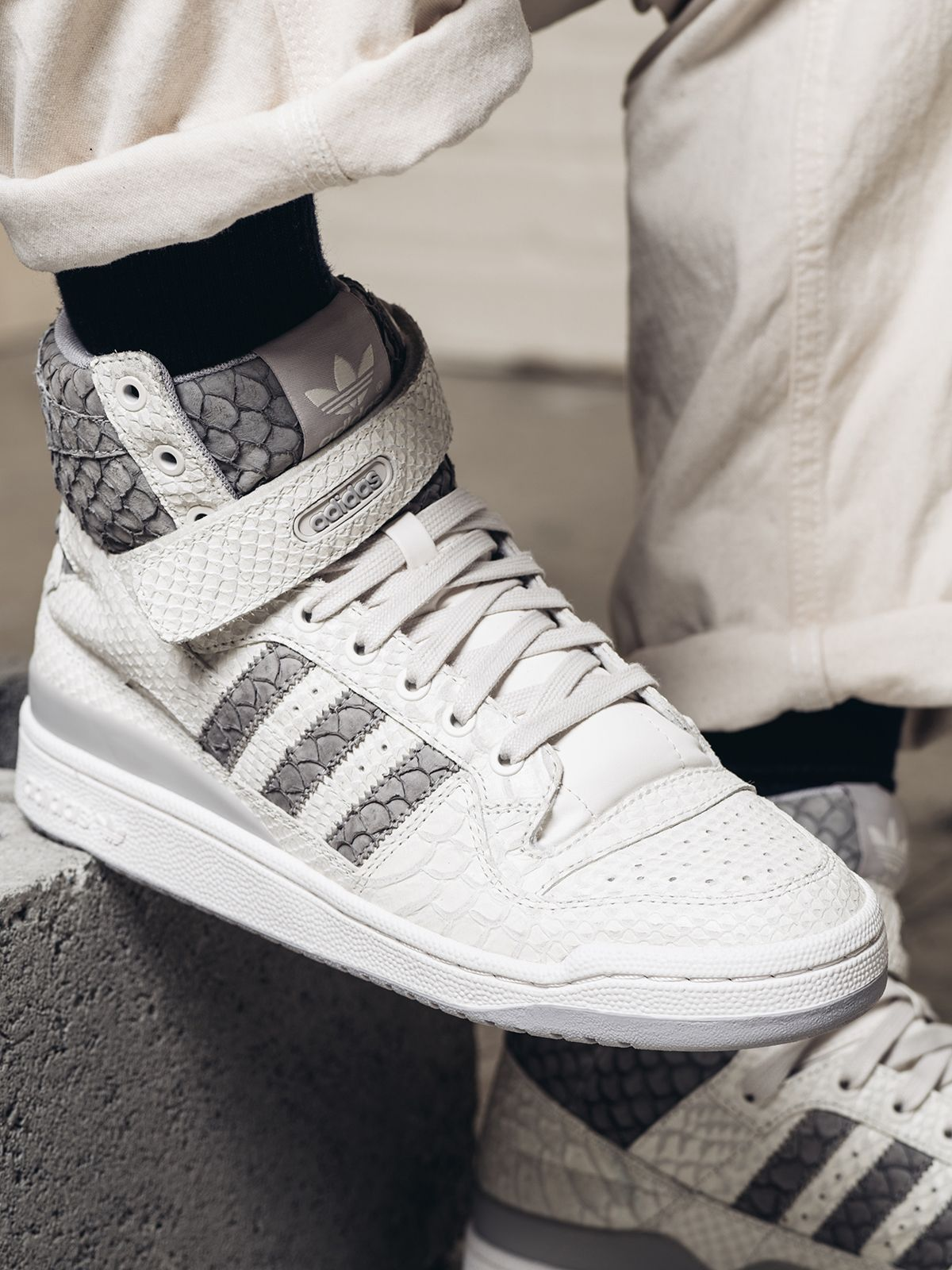 huge discount 4f0e4 e2b61 adidas Originals Forum Hi OG Returns in Snakeskin  Carp - EU Kicks  Sneaker…