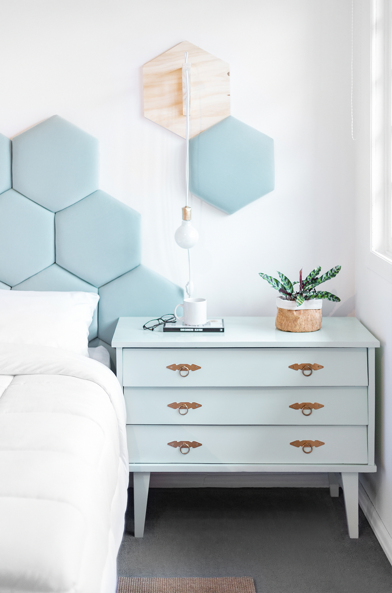 How To Decor A Tiny Room In 2020 With Images Small Bedroom Decor Beautiful Bedroom Decor Bedroom Design