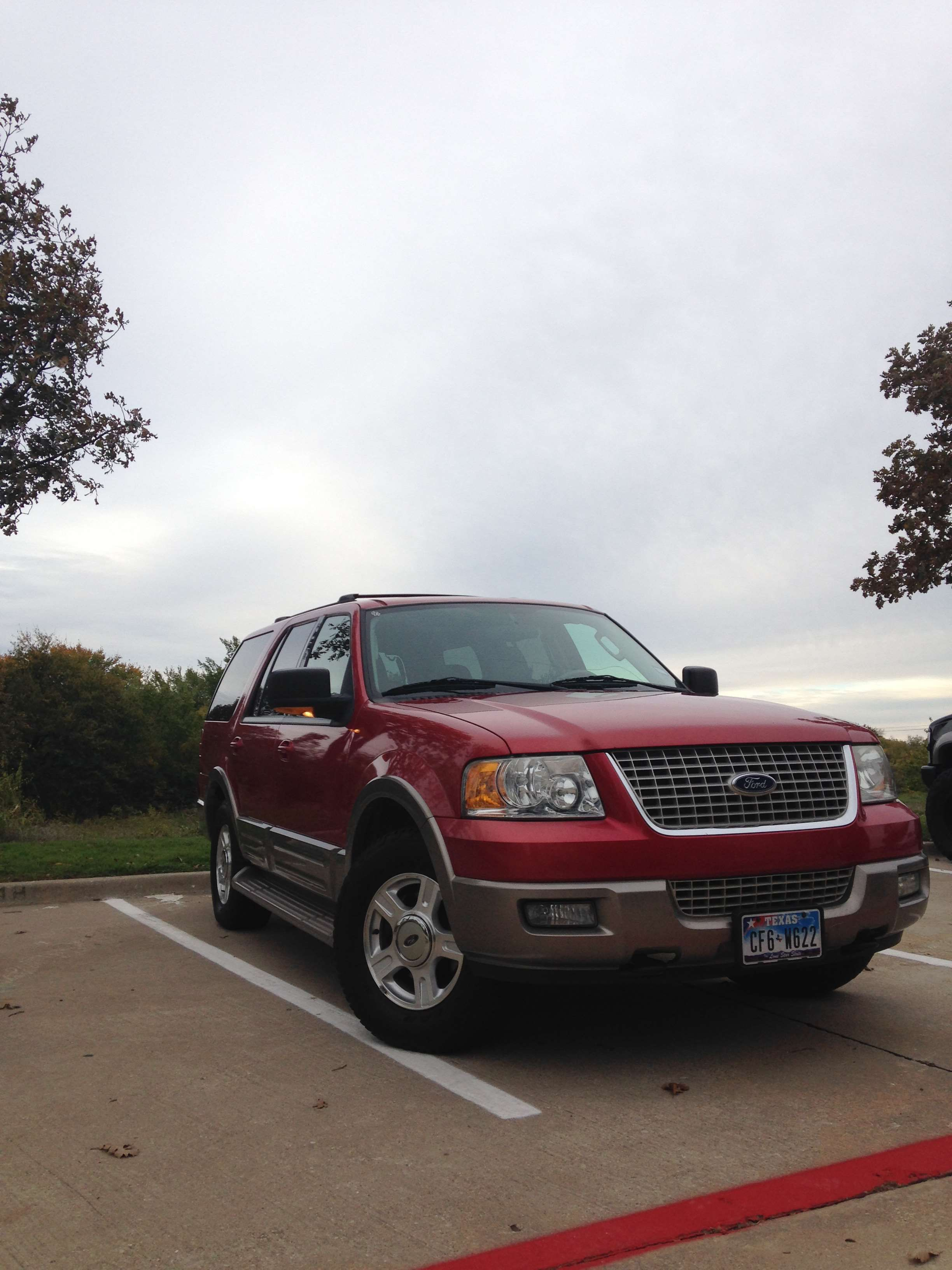 Make: Ford Model: Expedition Year: 2003 Body Style: SUV Exterior Color: