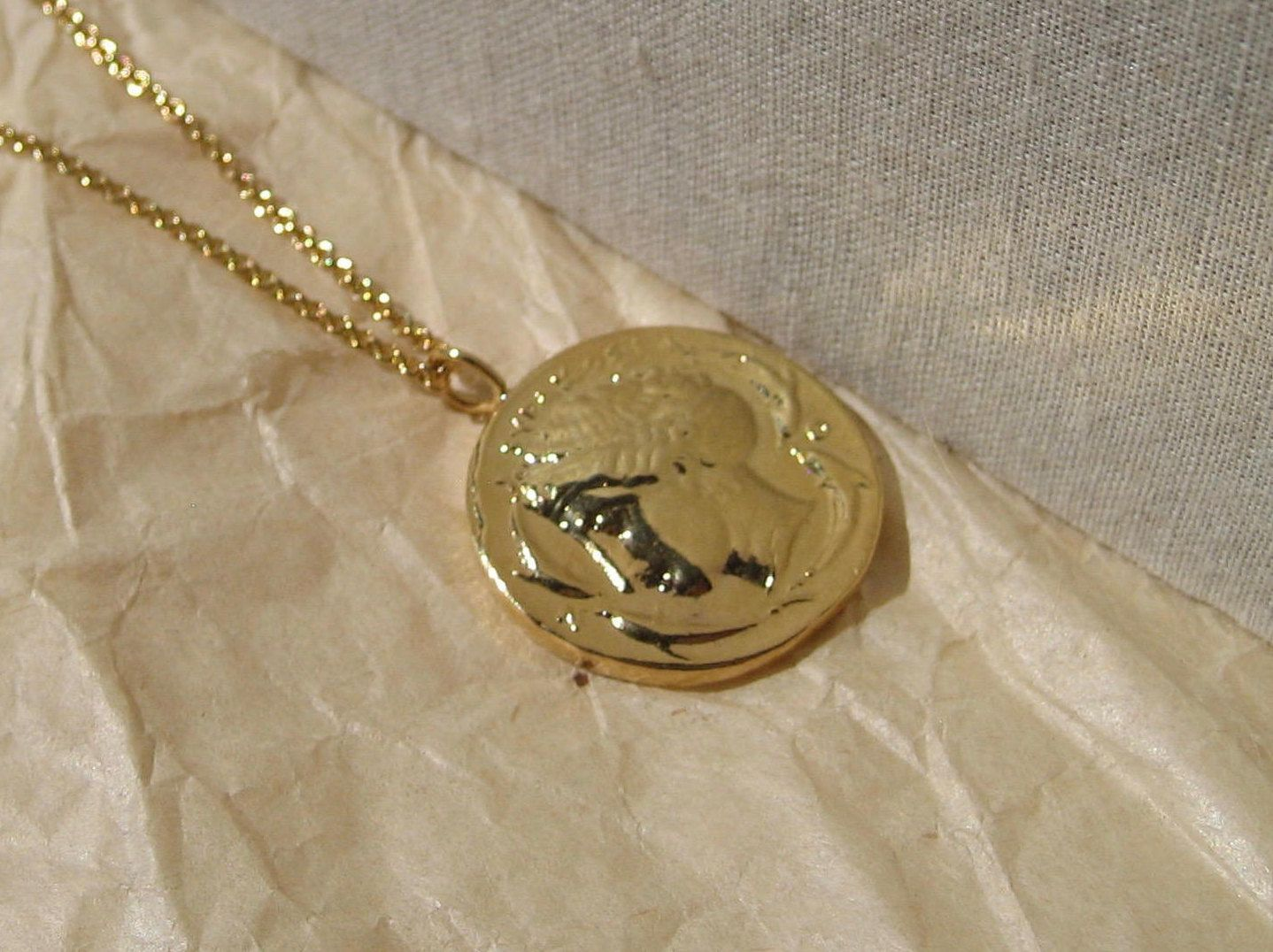lucy necklace lyst williams jewelry medallion view gold in metallic fullscreen missoma octagon x