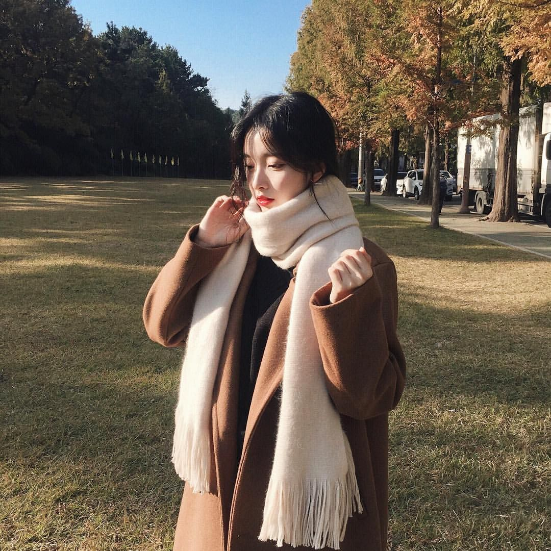 "19.2b Beğenme, 32 Yorum - Instagram'da 김나희 (@knhs2): ""기다리던 1월도 오고 ☘️"""