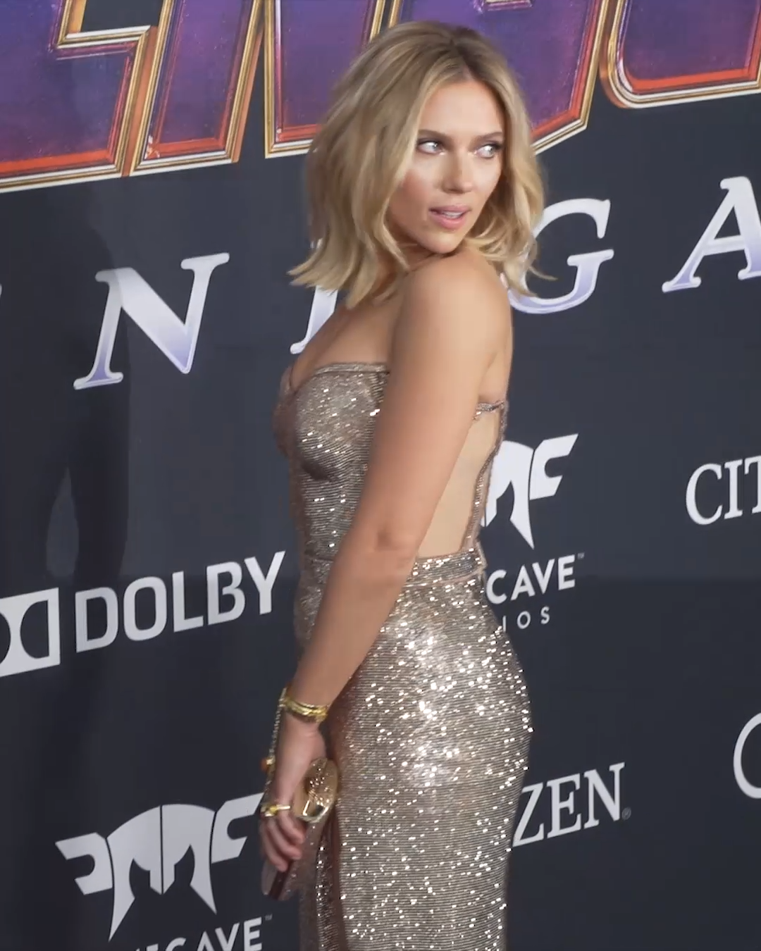 Photo of Scarlett Johansson Wears Versace to the Avengers: End Game Premiere