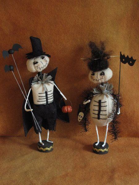 Edward+and+Juniper+Skellies+Halloween+EPATTERN+by+cheswickcompany,+$ - halloween decorations on pinterest