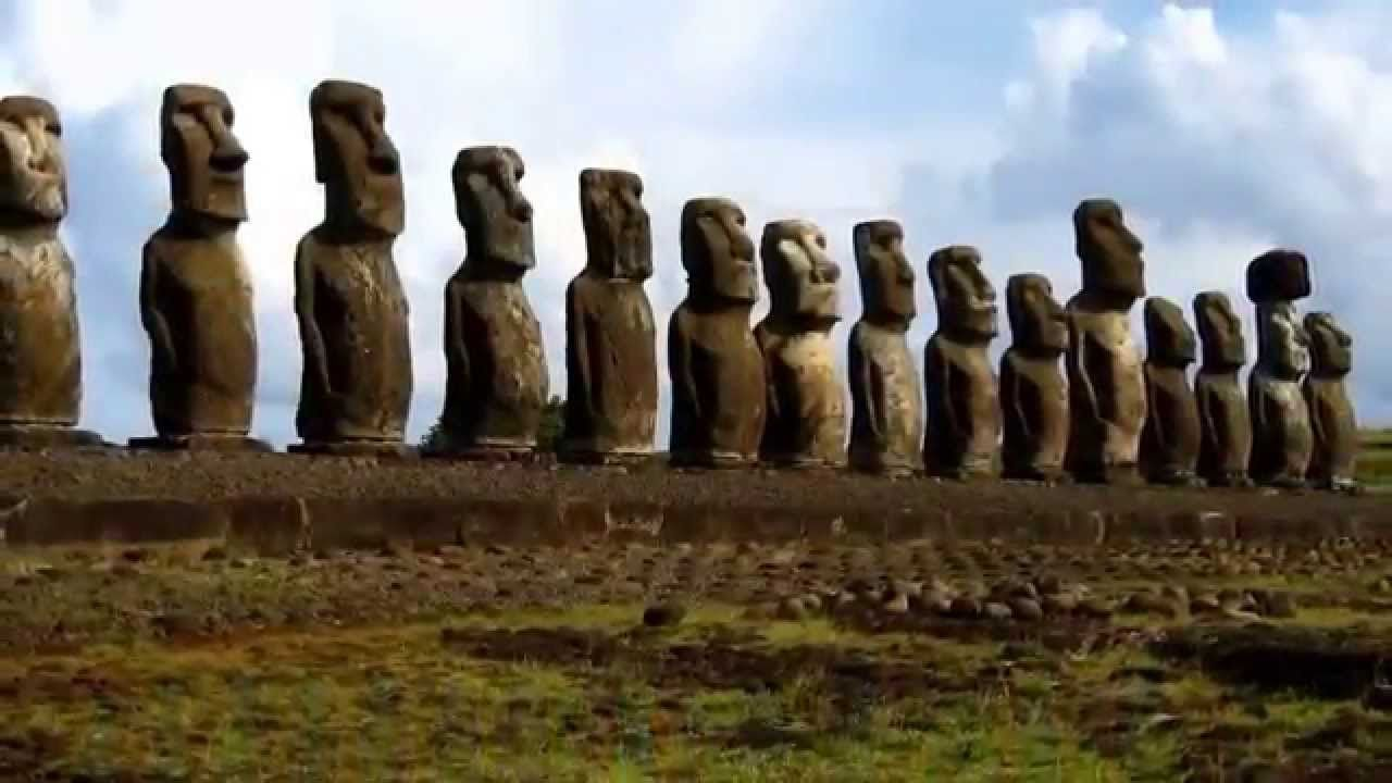 Wonders of the World - Easter island (Chile)