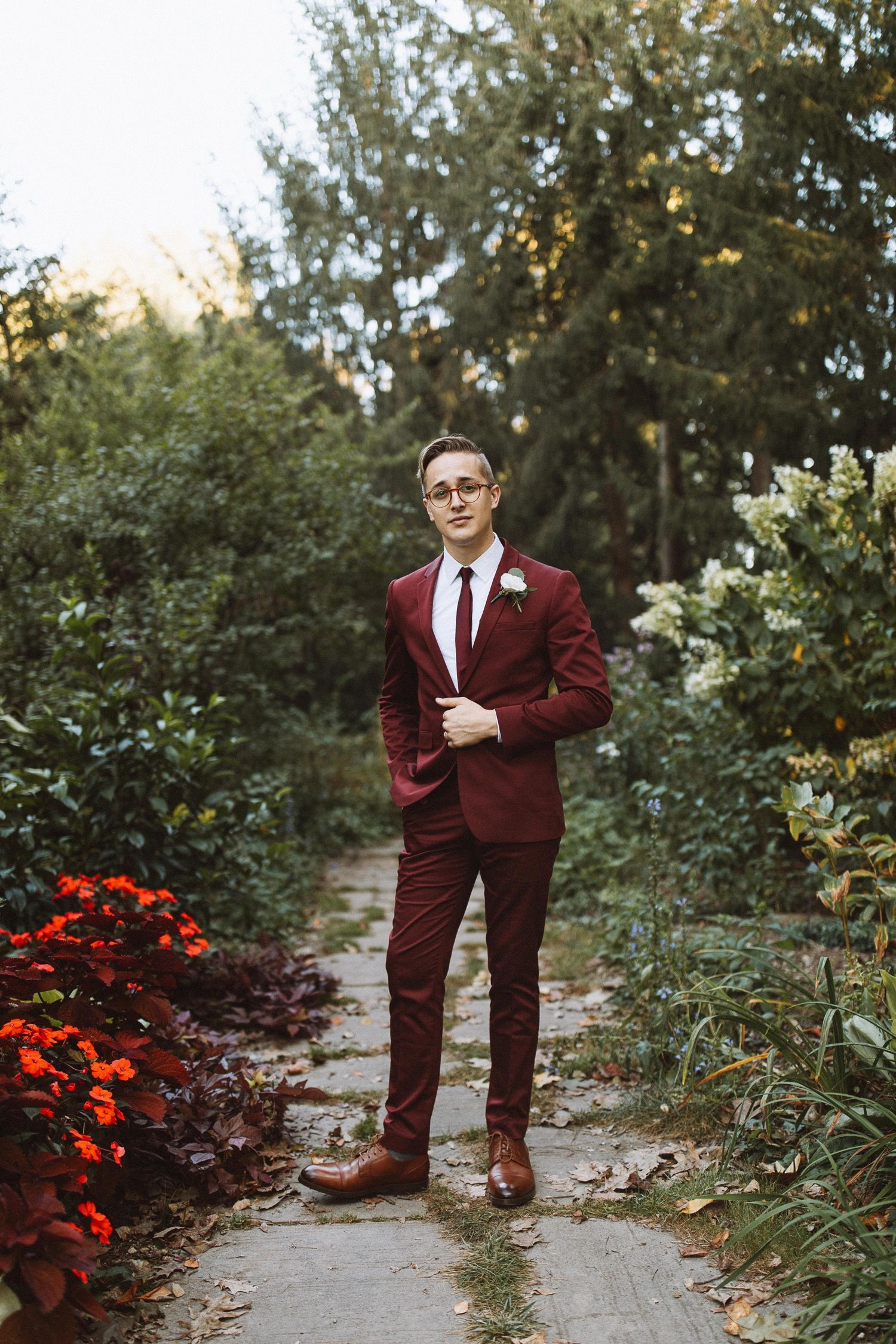 Modern Minimalistic Wedding at INDUSTRY — Courtney Sinclair