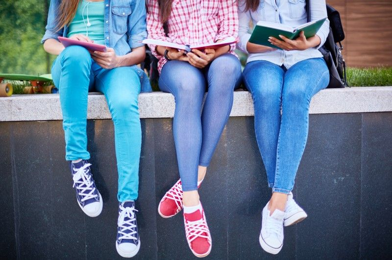 10 Tips For Post Spring Break Motivation Summer Program Summer School Outfits High School Students