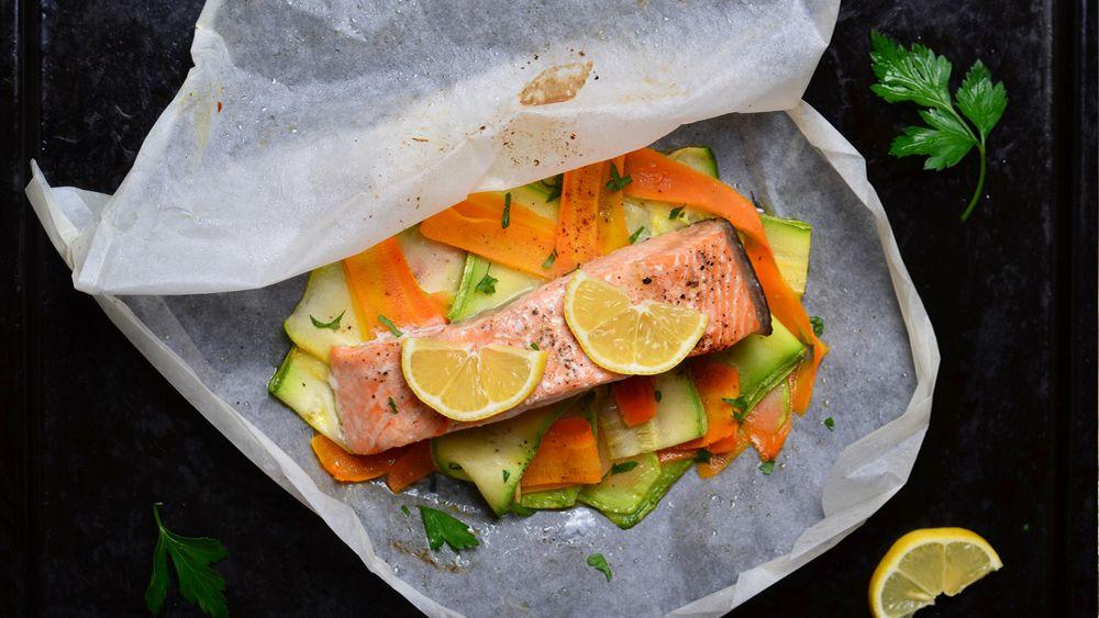 Photo of Salmon En Papillote + Julienned Vegetables – barre3