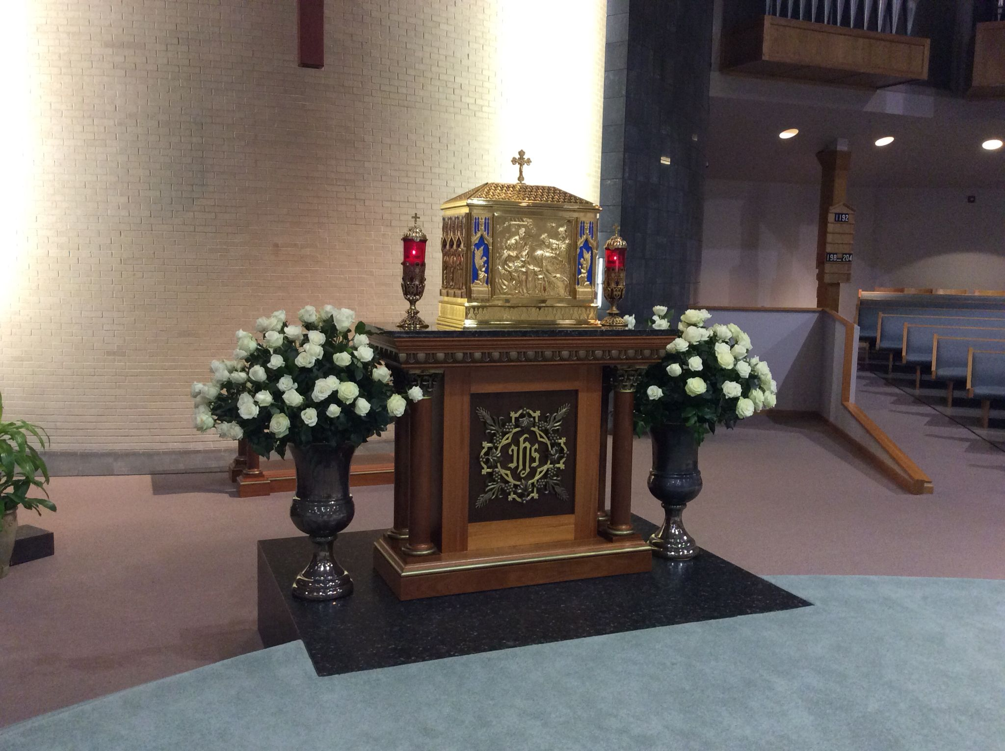 Altar Easter flower arrangement Epiphany of the Lord Catholic Church ...