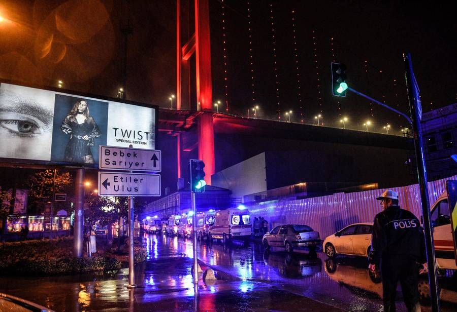 39 dræbt i et angreb på en natklub i Tyrkiet.