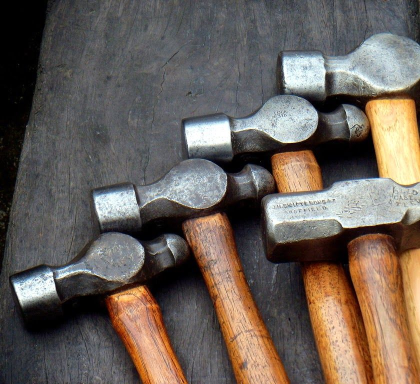 le container marteaux hammers pinterest artisanat atelier et photos. Black Bedroom Furniture Sets. Home Design Ideas