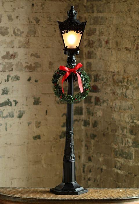 72 Inch Black Electric Street Lamp Including Wreath Christmas Lanterns Street Lamp Lamp