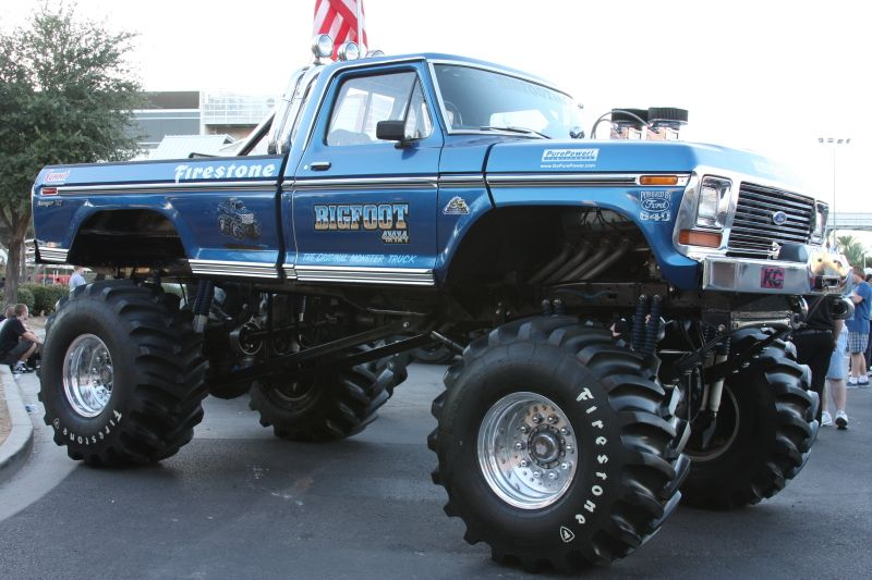 Original BIGFOOT! Now who remembers Saturday morning cartoons & then monster trucks would come on afterward? I do.