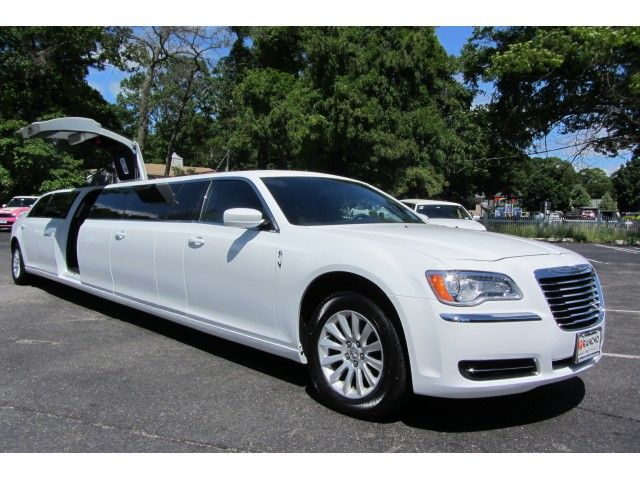 Used 2013 Chrysler 300 Stretch Stretch Limo Limos By Moonlight