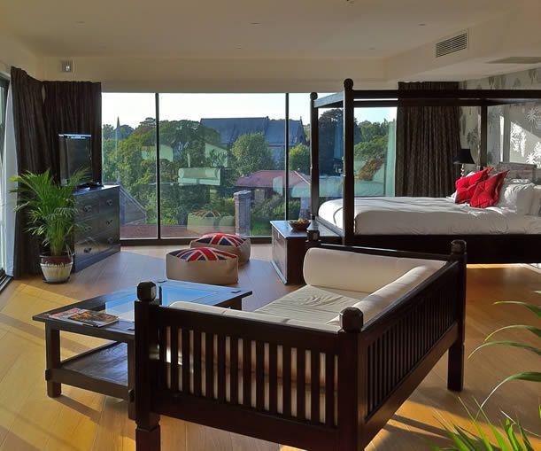 Cambridge Hotel Accomodation Masters Suites The Varisty Spa England Uk