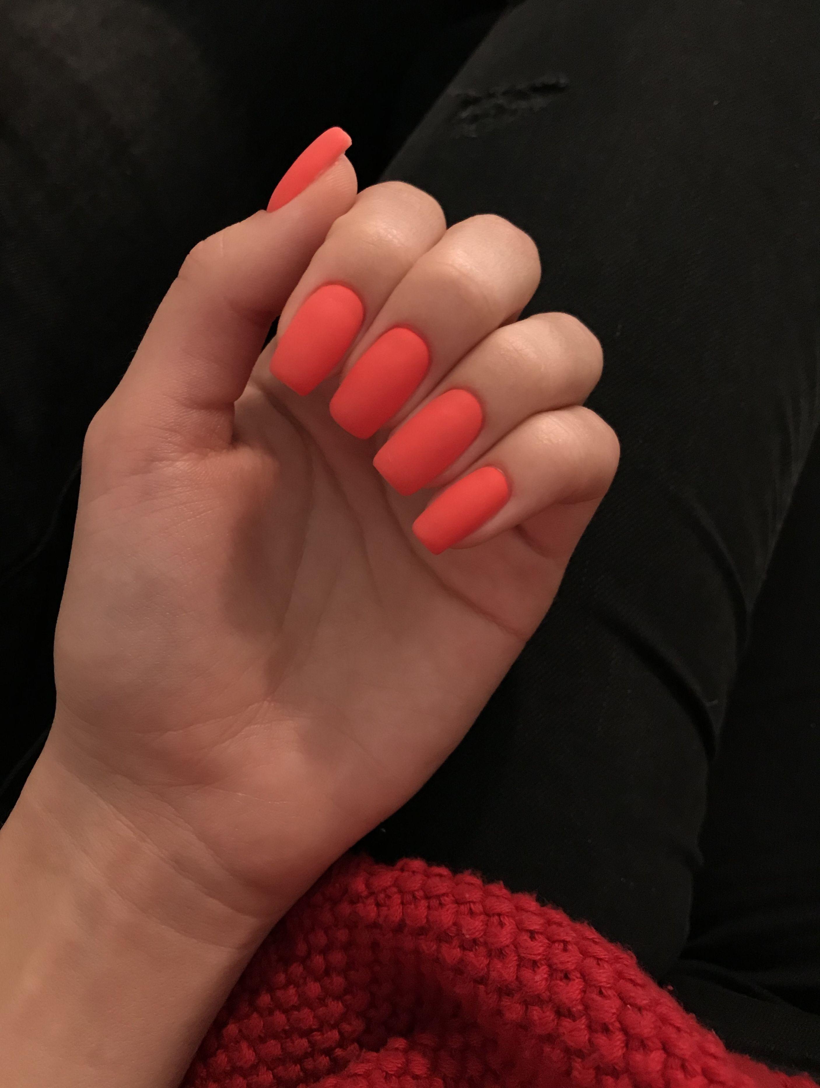 Bright Red Matte Manicure Yarko Krasnyj Matovyj Manikyur Manikyur