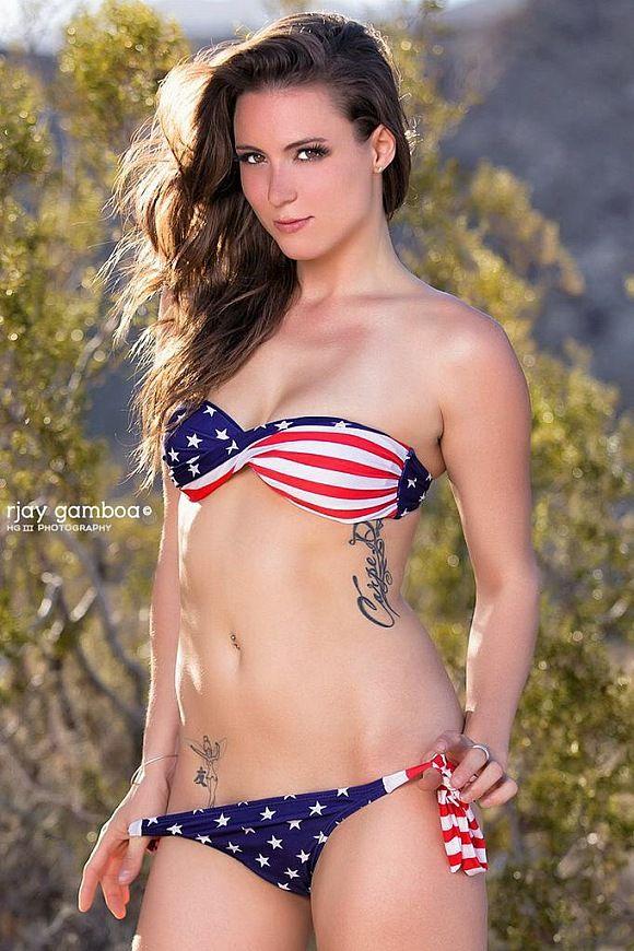 Taryn Maria Nude Pics