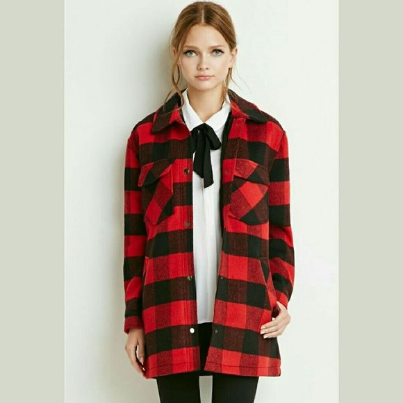 Hipster plaid flannel lumberjack oversized coat Perfect campfire coat. Lumberjack look! Thick coat that looks like an oversized flannel. Sz small, but fit a little too oversized on me for my taste, would fit a medium more snugly. Nwt!! Forever 21 Jackets & Coats