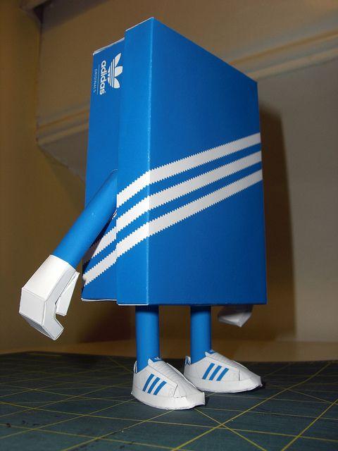 "Wallman Custom ""BOXFRESH"" - SHIN X CTRLR 07 by onetwentythree, via Flickr shin tanaka papertoy papercraft"