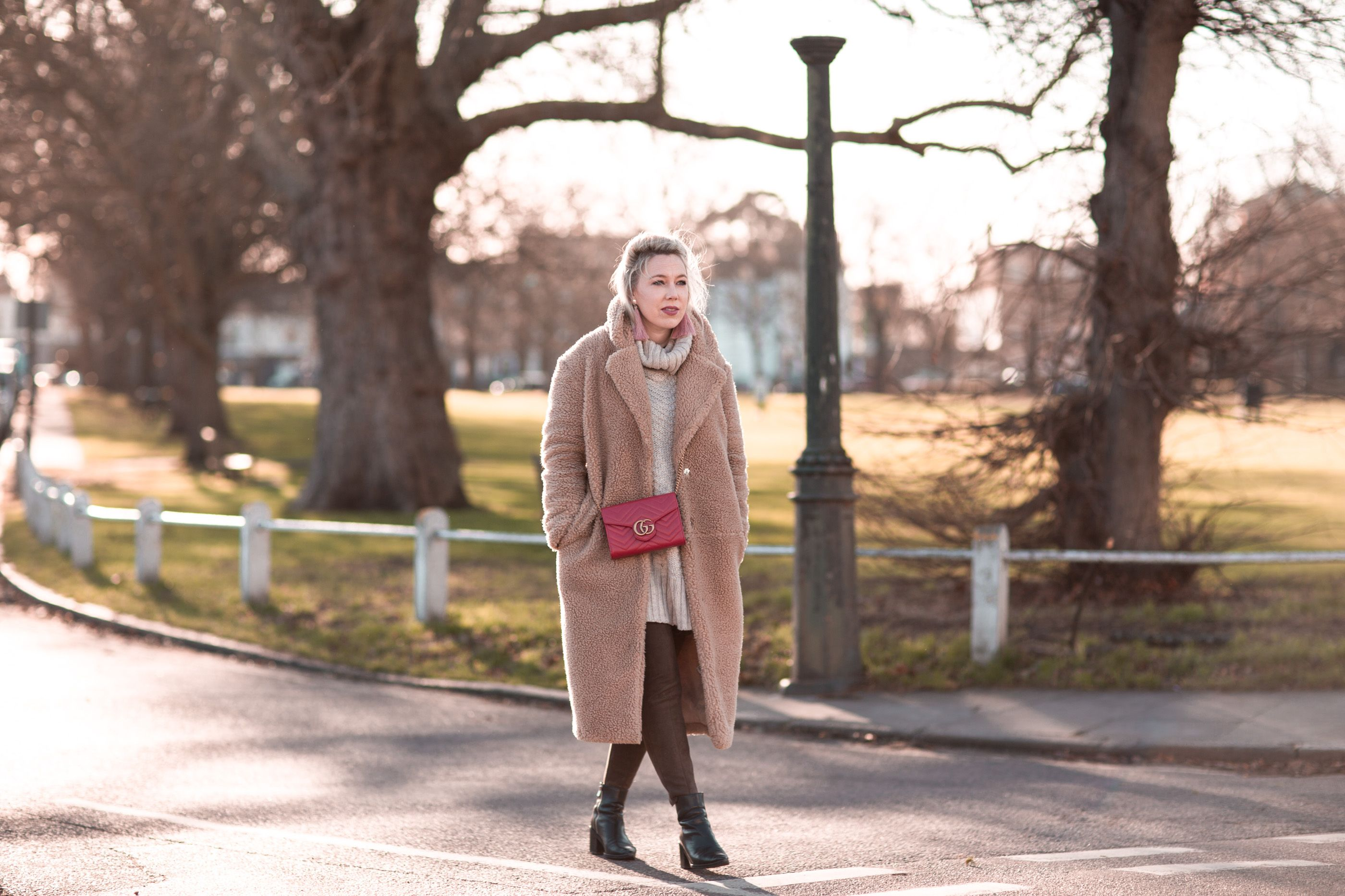 Everyday Style | mediamarmalade outfit inspo | HM Teddy Coat, Gucci Marmont Shoulder Bag, and other stories boots