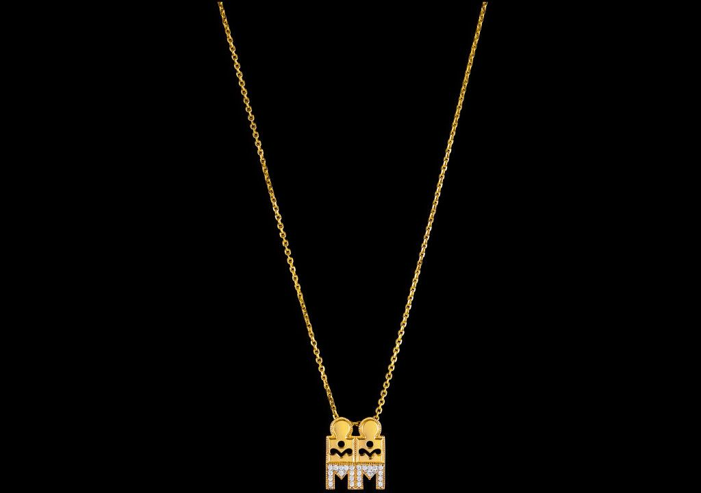 Very interesting cut out design! Gold Mangalsutra design fom ...